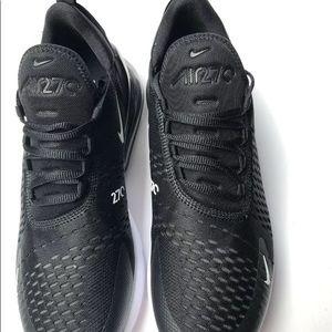 Nike Shoes - Nike air max 270 size 8.5 black
